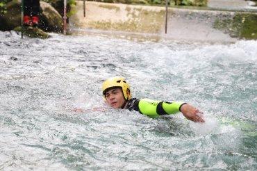 Corso tecnica di nuoto in corrente