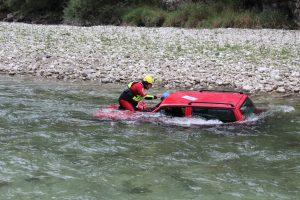 Car Rescue. Corso di Soccorso Con AUTO in FIUME con Rescue Project